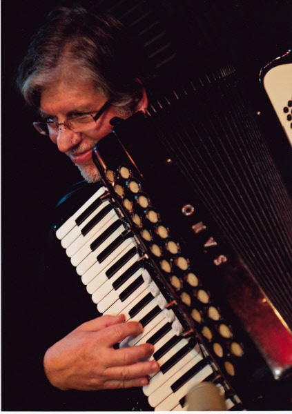 Robert (Bob) Jacobs working out some grooves on the accordion
